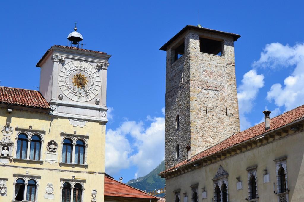 piazza-duomo-belluno_monaco-venezia