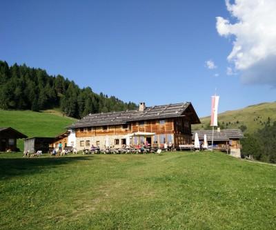 Rifugio Prato Croce Kreuzwiesen